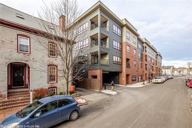 Condominium - Portland, ME (photo 2)