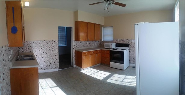 Residential, Colonial,Bungalow / Cottage - Alton, IL (photo 5)