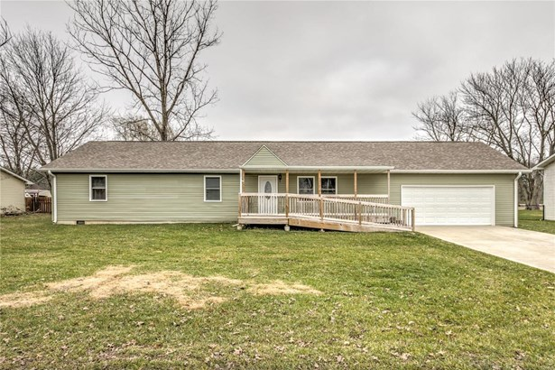 Residential, Traditional,Ranch - Alton, IL