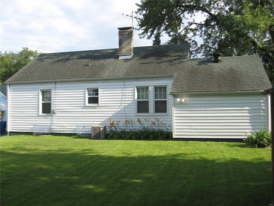 Traditional,Bungalow / Cottage, Residential - Alton, IL (photo 4)