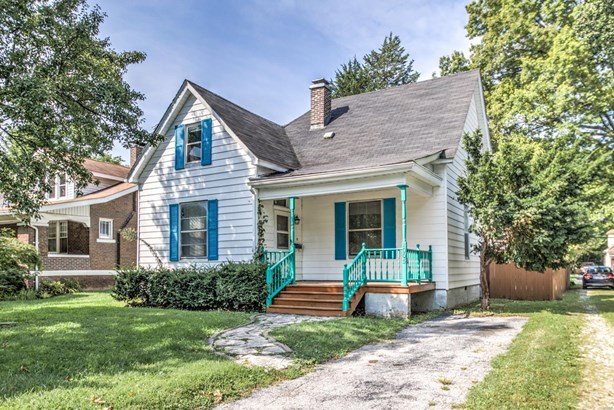 Bungalow / Cottage, Residential - Edwardsville, IL