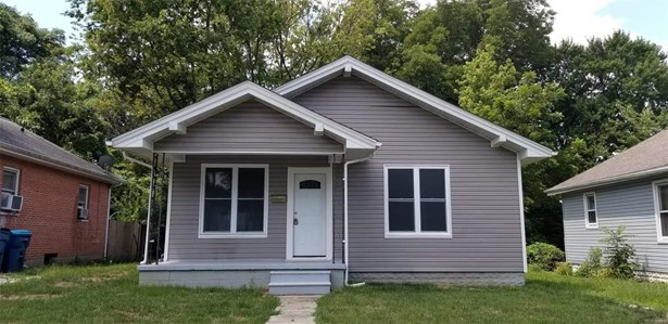 Bungalow / Cottage, Residential - Collinsville, IL