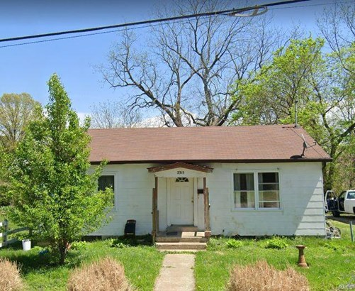 Traditional,Bungalow / Cottage, Residential - Alton, IL