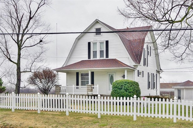 Residential, Traditional - Bethalto, IL (photo 2)