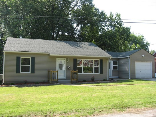 Residential, Traditional,Ranch - Belleville, IL (photo 1)