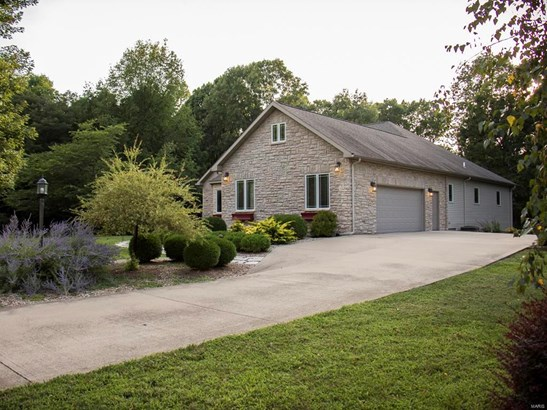 Residential, Traditional,Ranch - Grafton, IL (photo 2)