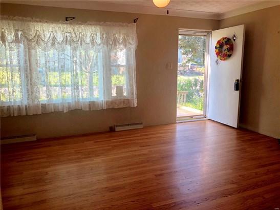 Residential, Traditional,Tri-level - Bethalto, IL (photo 3)