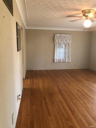 Residential, Traditional,Tri-level - Bethalto, IL (photo 5)