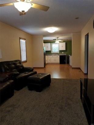 Bungalow / Cottage, Residential - Alton, IL (photo 5)