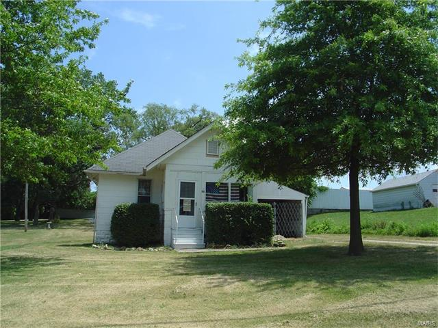 Bungalow / Cottage, Residential - Cottage Hills, IL (photo 5)