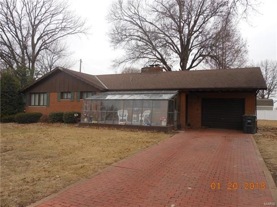 Residential, Ranch - East Alton, IL (photo 1)