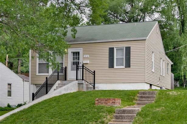 Bungalow / Cottage, Residential - Alton, IL (photo 1)