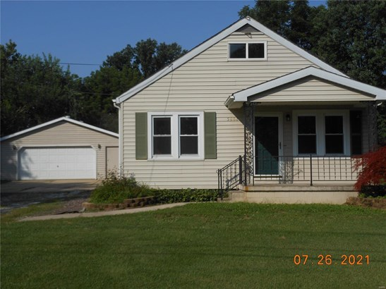 Bungalow / Cottage, Residential - Godfrey, IL