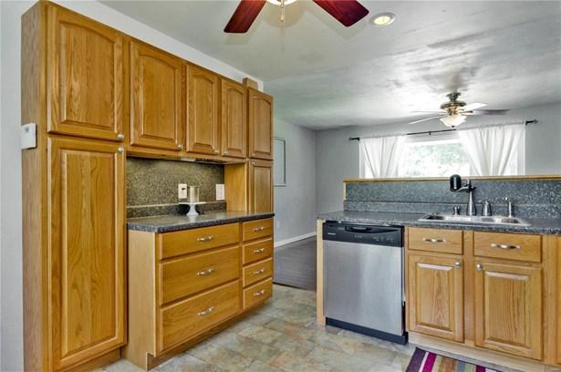 Residential, Ranch - Alton, IL (photo 4)