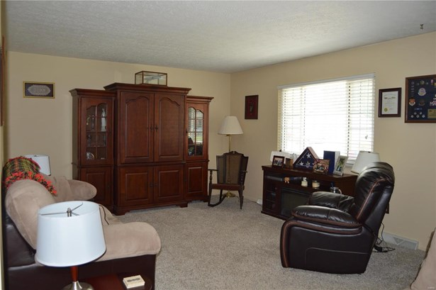 Residential, Ranch - Troy, IL (photo 3)