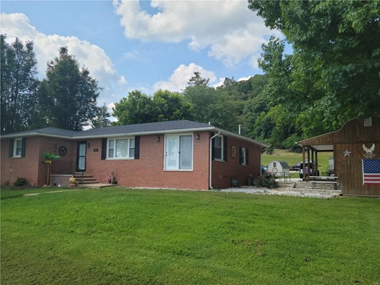 Residential, Traditional,Ranch - Grafton, IL