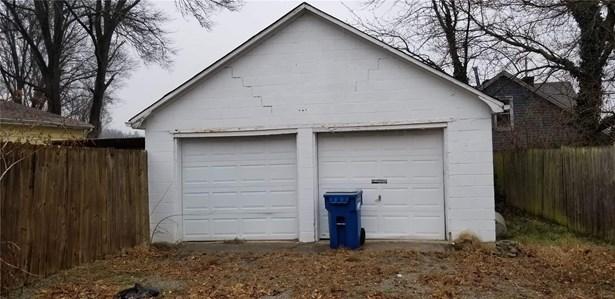 Residence, Single Family - Belleville, IL