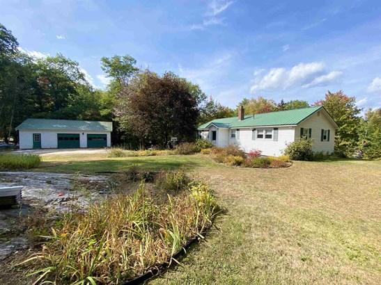 Ranch, Single Family - Plymouth, NH