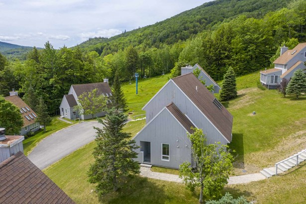 Contemporary,Freestanding,Multi-Level, Single Family - Plymouth, NH