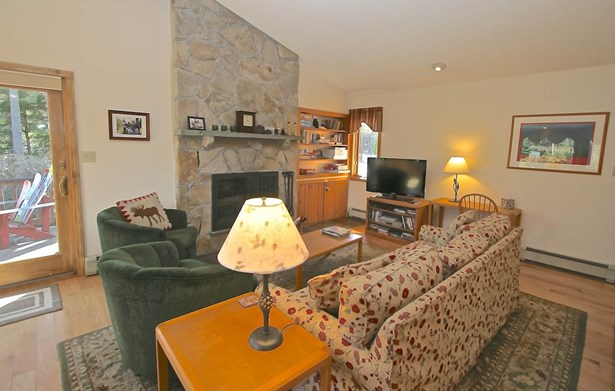 Condo, Duplex,Townhouse,Walkout Lower Level - Carroll, NH (photo 5)