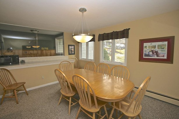 Townhouse,Walkout Lower Level, Condo - Carroll, NH (photo 5)