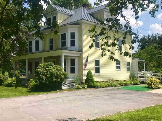 Colonial, Single Family - Rumney, NH