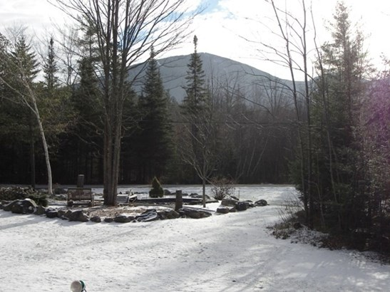 Chalet,Walkout Lower Level, Single Family - Franconia, NH (photo 2)