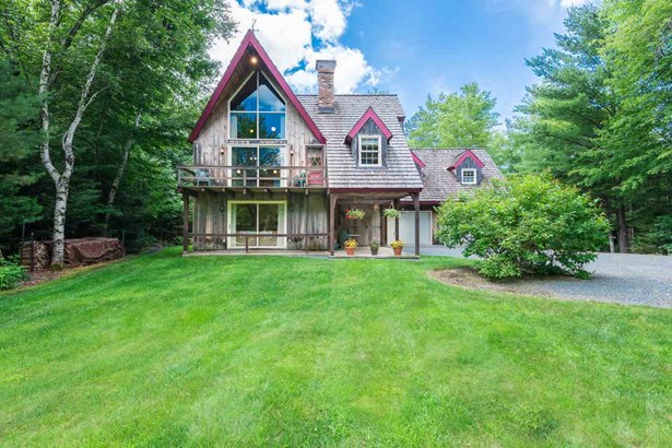 Chalet,Walkout Lower Level, Single Family - Franconia, NH (photo 3)