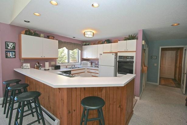 Condo, Duplex,Townhouse - Carroll, NH (photo 3)