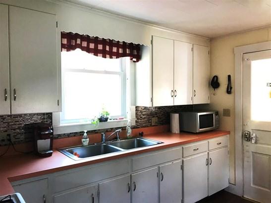Cape, Single Family - Littleton, NH (photo 5)
