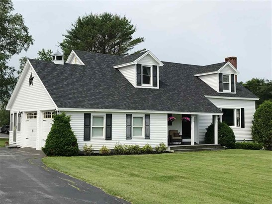 Cape, Single Family - Littleton, NH (photo 1)