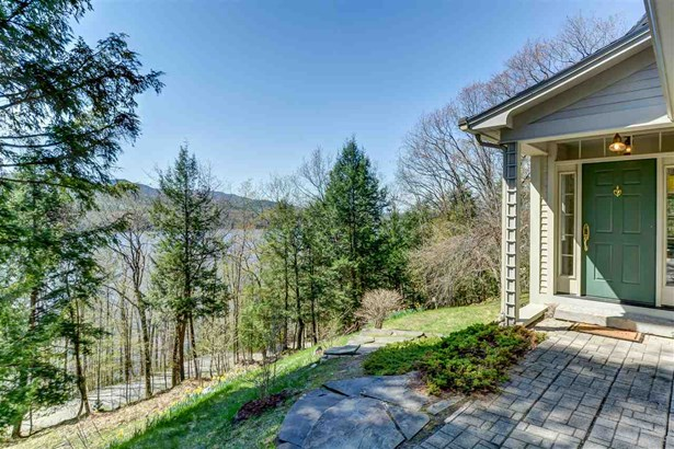 Contemporary,Multi-Level, Single Family - Waterford, VT (photo 1)