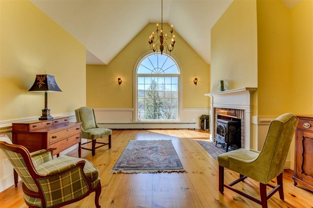 Contemporary,Multi-Level, Single Family - Waterford, VT (photo 3)