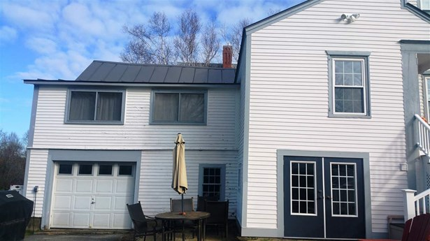 Colonial, Single Family - Haverhill, NH (photo 2)