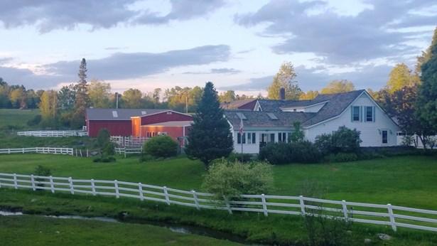 Farmhouse, Single Family - Bethlehem, NH (photo 1)