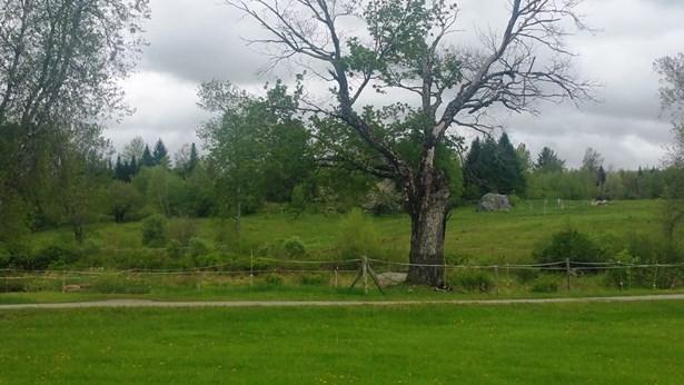 Farmhouse, Single Family - Bethlehem, NH (photo 5)