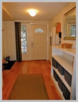 Contemporary,Multi-Level,Walkout Lower Level, Single Family - Campton, NH (photo 4)