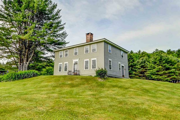 Antique,Federal,Historic Vintage, Single Family - Littleton, NH (photo 1)