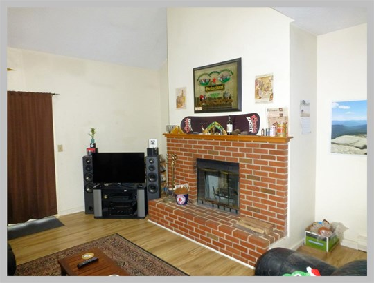 Condo, End Unit,Townhouse - Plymouth, NH (photo 4)