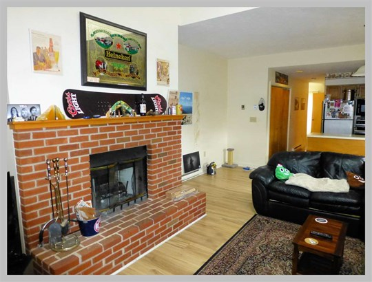 Condo, End Unit,Townhouse - Plymouth, NH (photo 5)