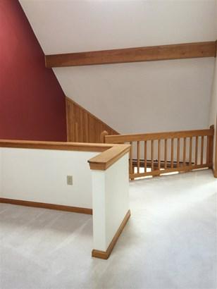 Multi-Level,Walkout Lower Level, Single Family - Bethlehem, NH (photo 2)