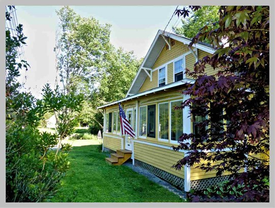 Bungalow,Arts and Crafts, Single Family - Plymouth, NH (photo 2)