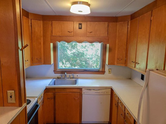 New Englander, Single Family - Whitefield, NH (photo 5)