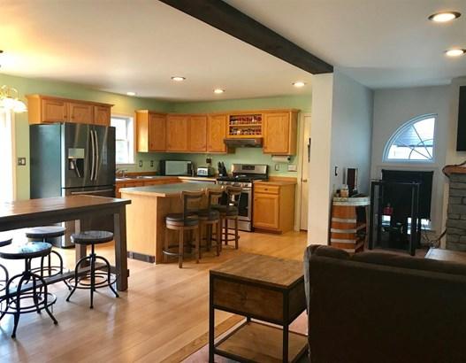 Ranch,Walkout Lower Level, Single Family - Warren, NH (photo 5)