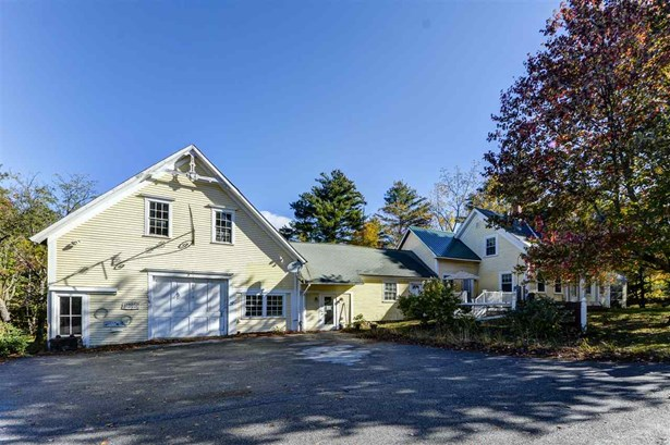 Farmhouse, Single Family - Plymouth, NH (photo 1)
