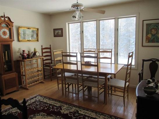 Ranch, Single Family - Groton, NH (photo 4)