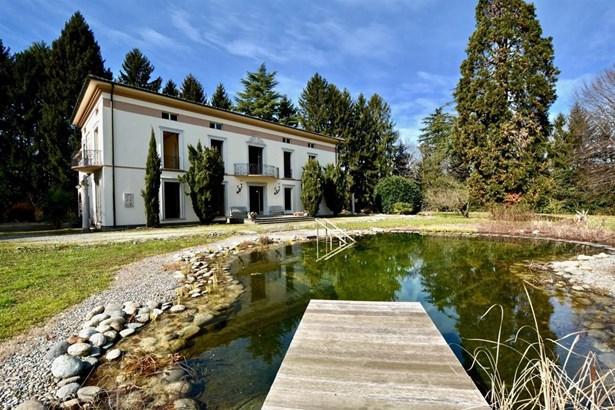 Novazzano - CHE (photo 1)