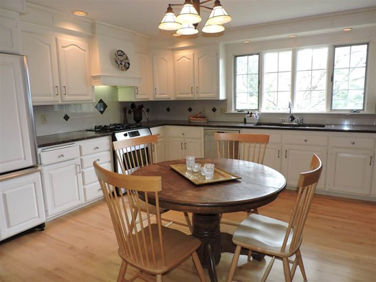 Antique,Colonial, Single Family - Concord, NH (photo 5)