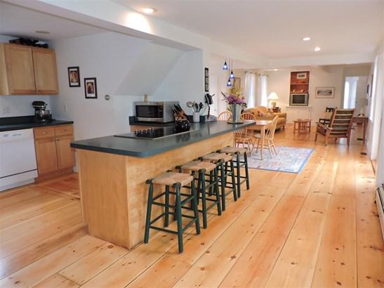 Contemporary,New Englander,w/Addition, Single Family - Hopkinton, NH (photo 5)
