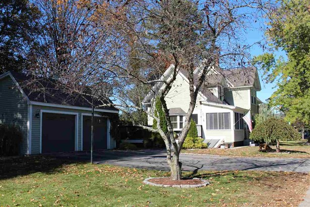 New Englander, Single Family - Concord, NH (photo 2)